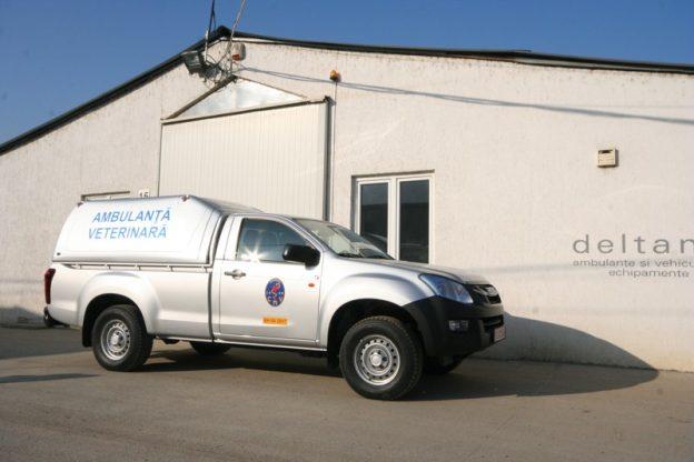 ambulanta veterinara Toyota Hilux