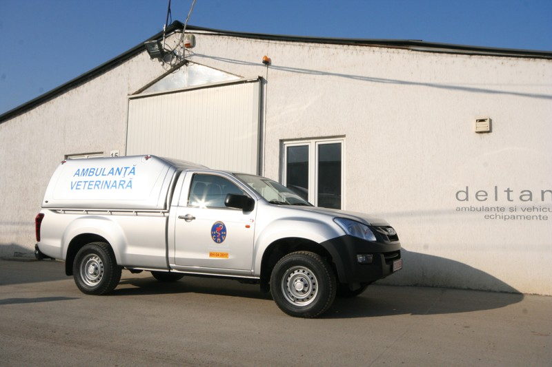 ambulanta veterinara Toyota Hilux